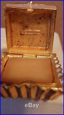 1998 Estee Lauder Solid Perfume Compact Petit Four Pink & White Enameled Box