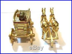 2003 Estee Lauder Stage Coach Horse Carriage Pleasures Perfume Compact