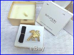 ESTEE LAUDER GOLD PEGASUS SOLID PERFUME COMPACT NEW in BOX CHRISTMAS GIFT