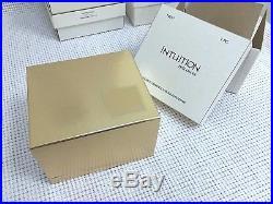 ESTEE LAUDER GOLD PEGASUS SOLID PERFUME COMPACT VTG in Original BOXES