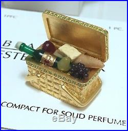 ESTEE LAUDER ROMANTIC PICNIC BASKET SOLID PERFUME COMPACT with BEAUTIFUL FRAGRANCE
