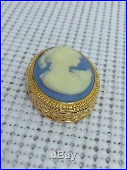 ESTEE LAUDER VINTAGE 2002 BLUE CAMEO SOLID PERFUME COMPACT Orig. BOX VTG MIB