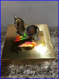 Estée Estee Lauder Pleasures 2001 Birdbath Solid Perfume Compact