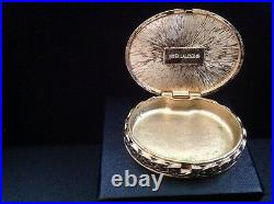 Estee Lauder 1983 Christmas Cameo Red Compact for Solid Perfume empty