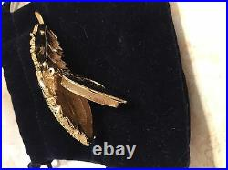 Estee Lauder 2007solid Perfume Compact Flutterring Feather