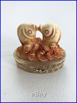 Estee Lauder Cinnabar AFFECTIONATE FISH Solid PERFUME COMPACT Ivory Series 1981
