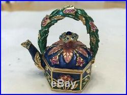 Estee Lauder Garden Teapot Solid Perfume Compact 2006 Beautiful Jay Strongwater